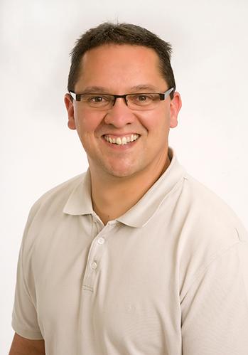 DENTIST-Dr Julian Arscott